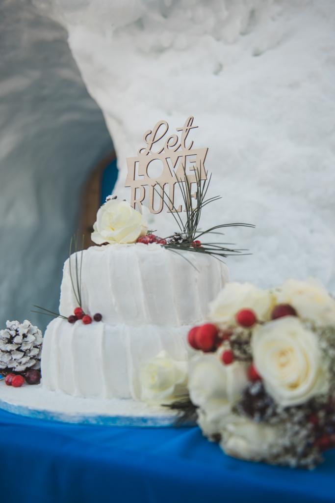 Wedding cake with a winter theme at a destination wedding in Austria