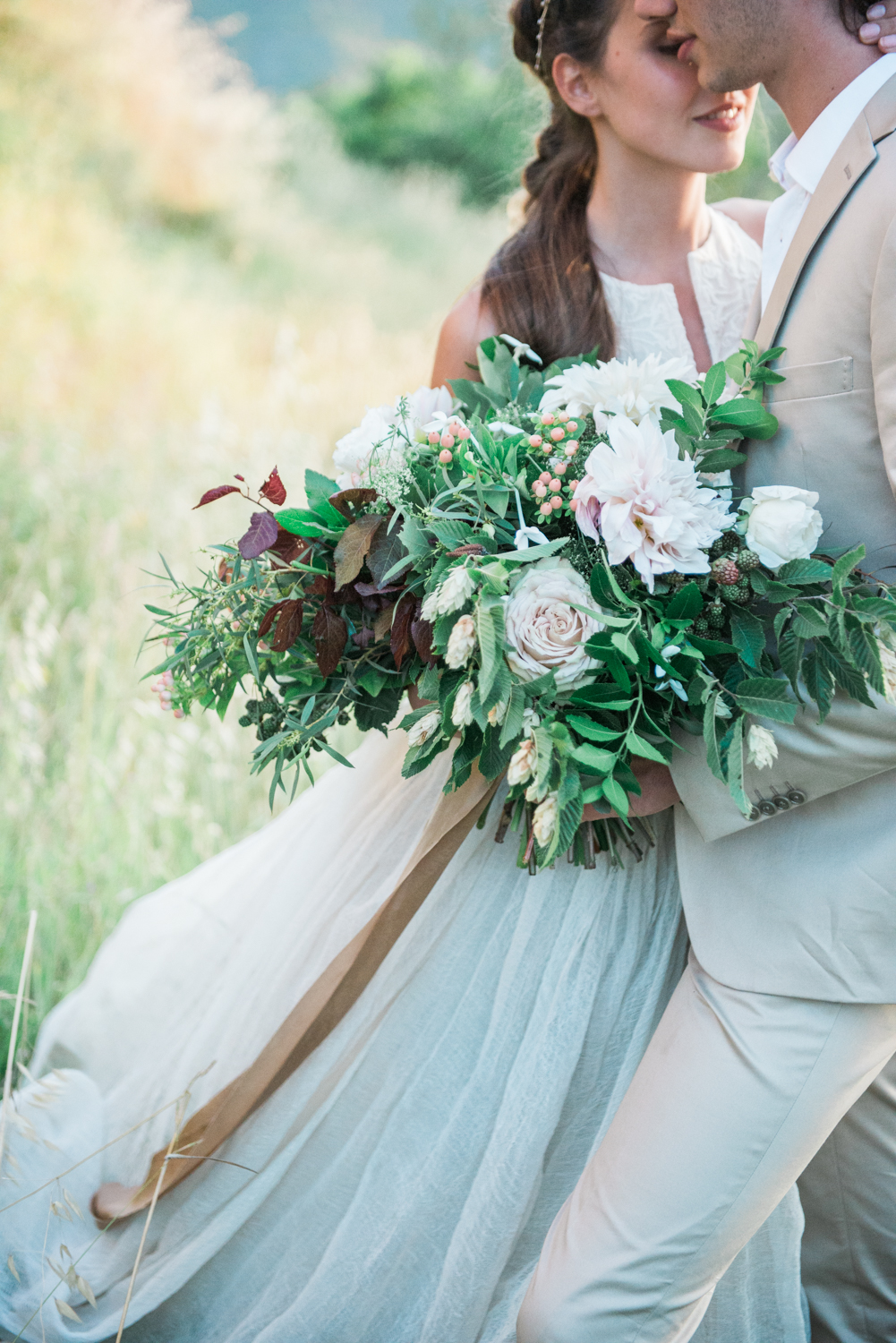 A stunning wedding bouquet by Isa Events
