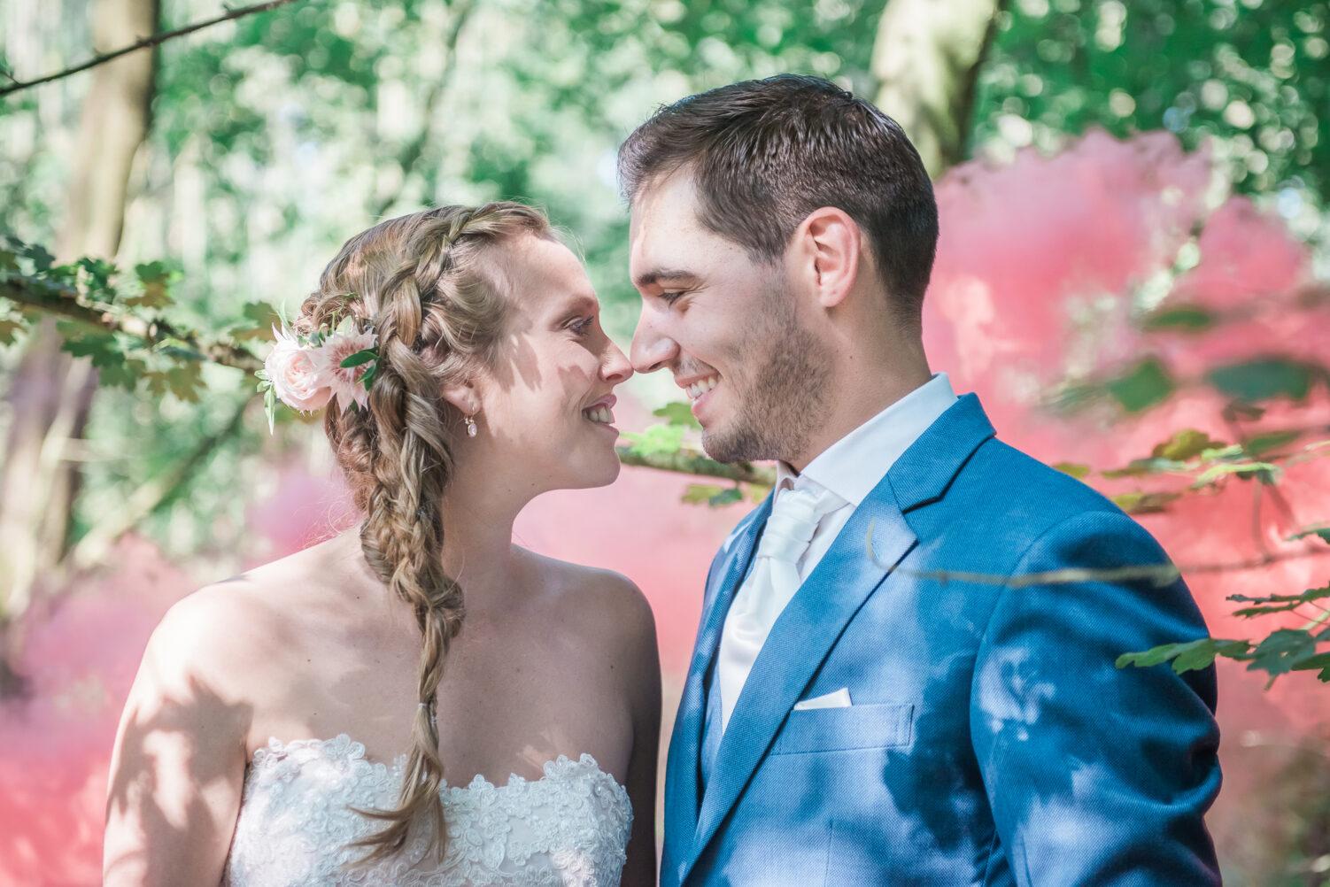 Smokebomb wedding photography