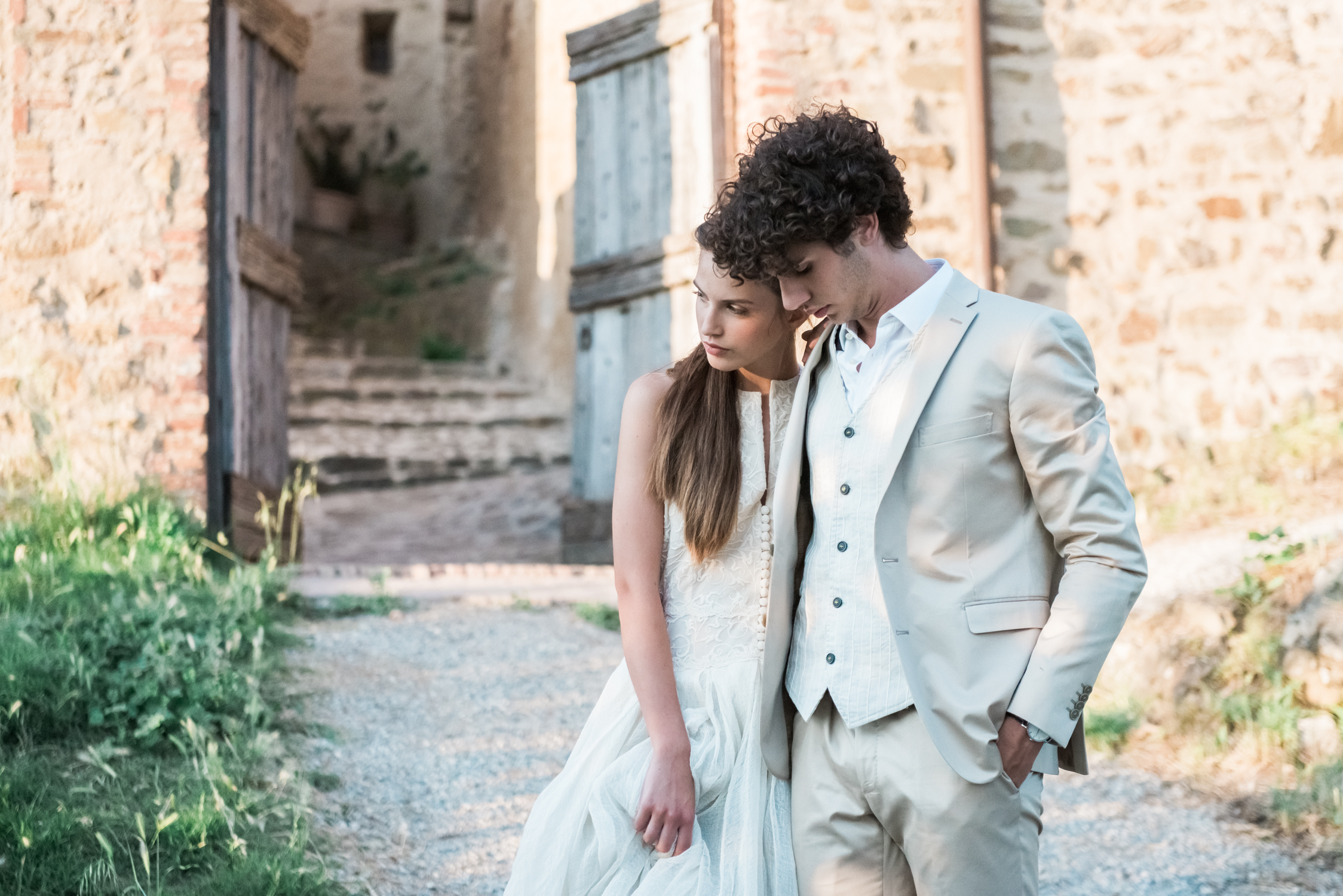 A bride and groom in Tuscany, Italy