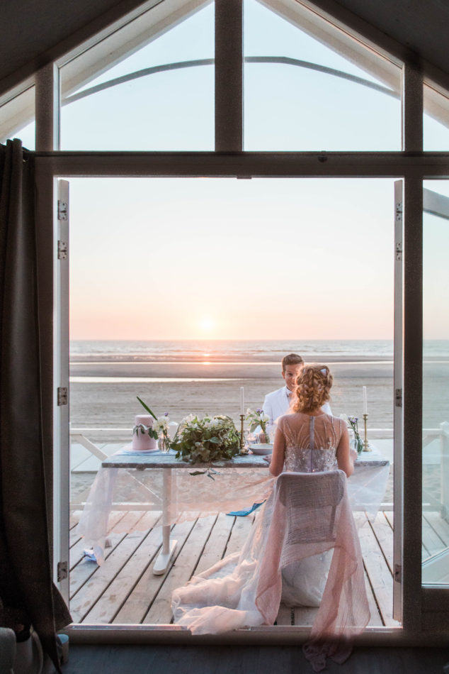 A beach elopement at sunset in The Netherlands