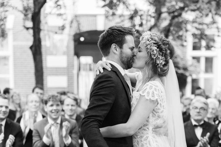 Amsterdam wedding photography a a wedding ceremony