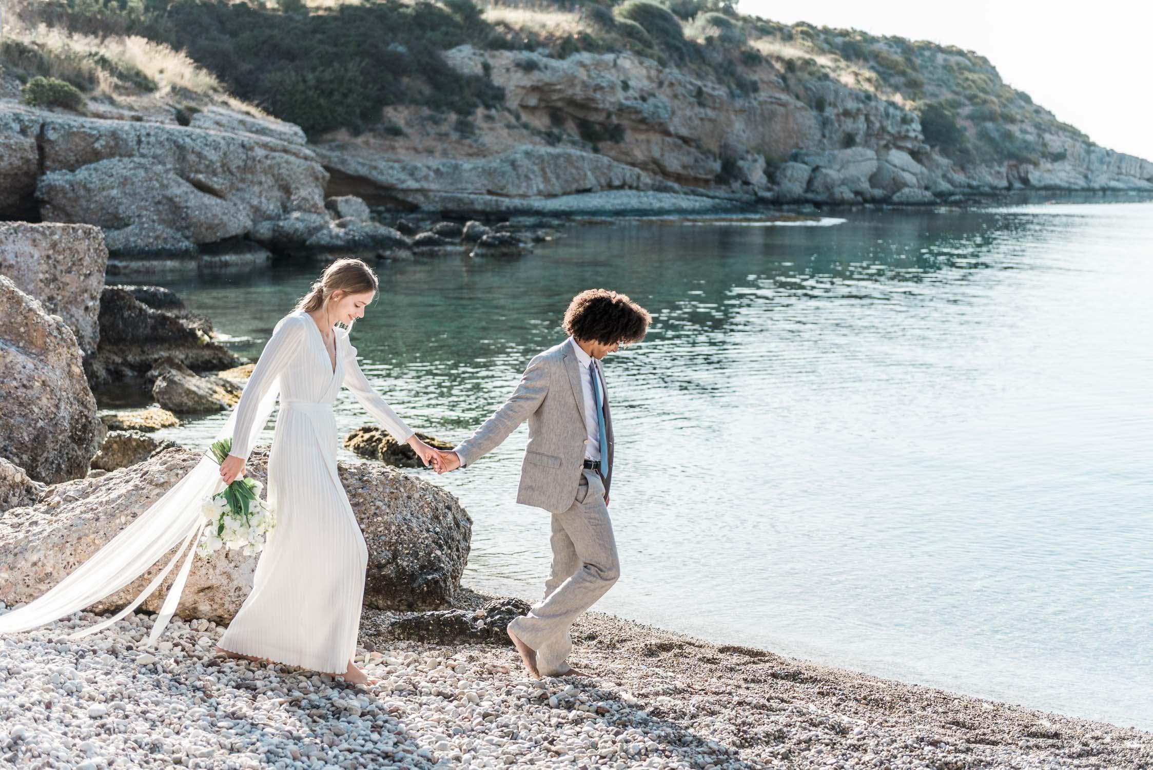 a modern elopement on a Greek island
